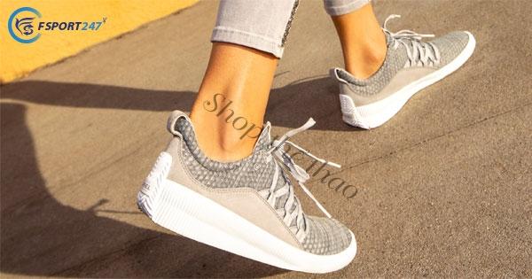 Những đôi giày schecker, giày sneaker và cách phối đồ hợp thời trang.
