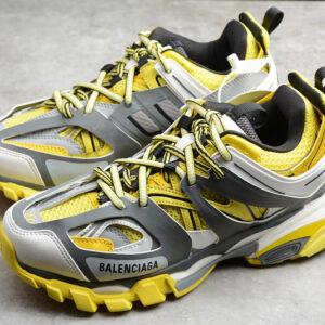 Giày Balenciaga Track 3.0 vàng BT309