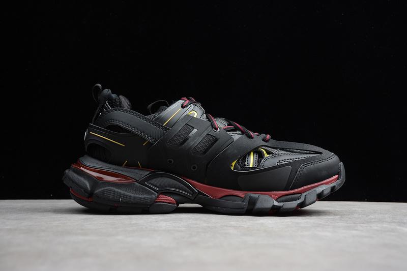 Giày Balenciaga Track 3.0 đen vàng BT301