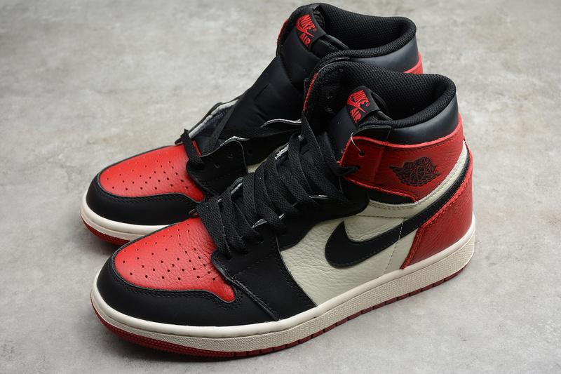 Giày Nike Air Jordan 1 Retro High Og 'Bred Toe' NAJ46