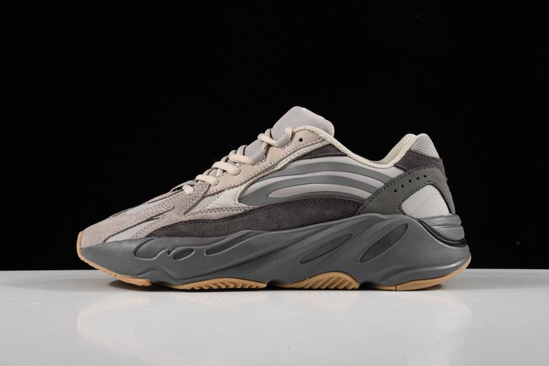 Giày Adidas Yeezy 700 V2 Geode AY705
