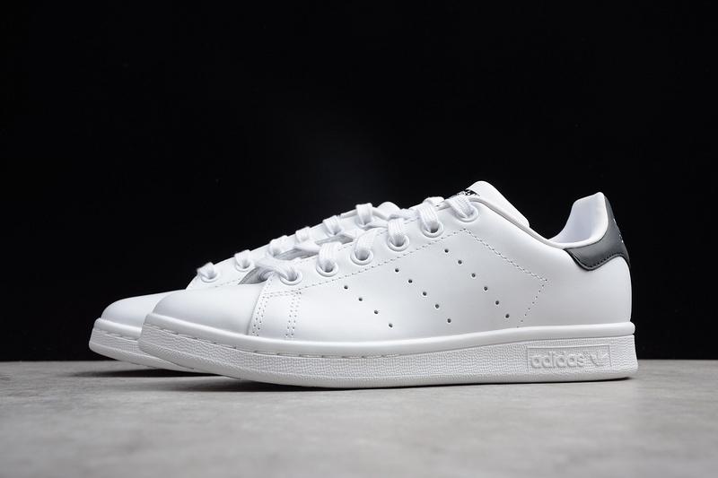 Giày Adidas Stan Smith gót xanh