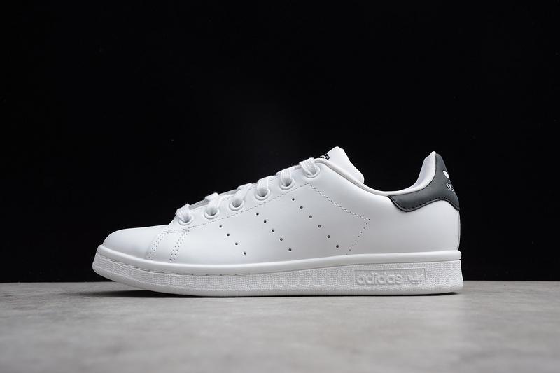 Giày Adidas Stan Smith gót đen