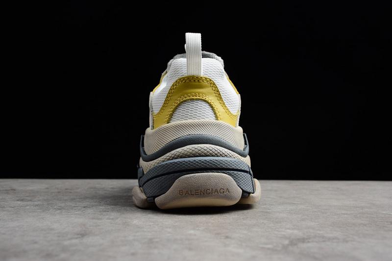 Giày Balenciaga Triple S xám vàng BTS01