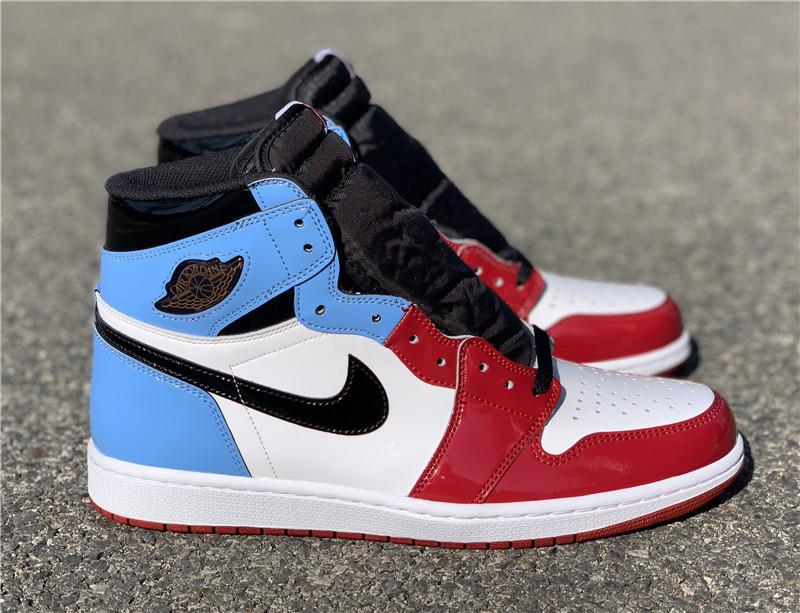 Giày Nike Air Jordan 1 Retro High Fearless UNC Chicago NAJ31