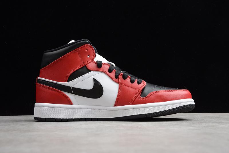 Giày Nike Air Jordan 1 Mid Chicago Toe NAJ25
