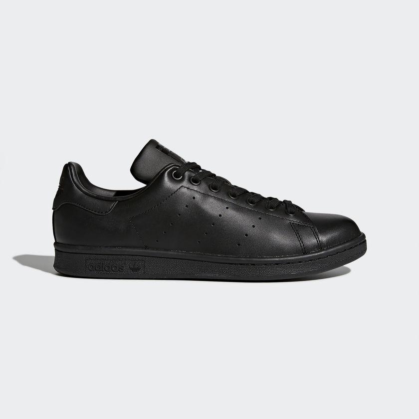 Giày Adidas Stan Smith tông đen huyền bí
