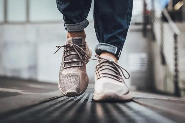 Adidas Tubular Shadow 'Vapour Grey' là gợi ý tuyệt vời dành cho các cô nàng cá tính