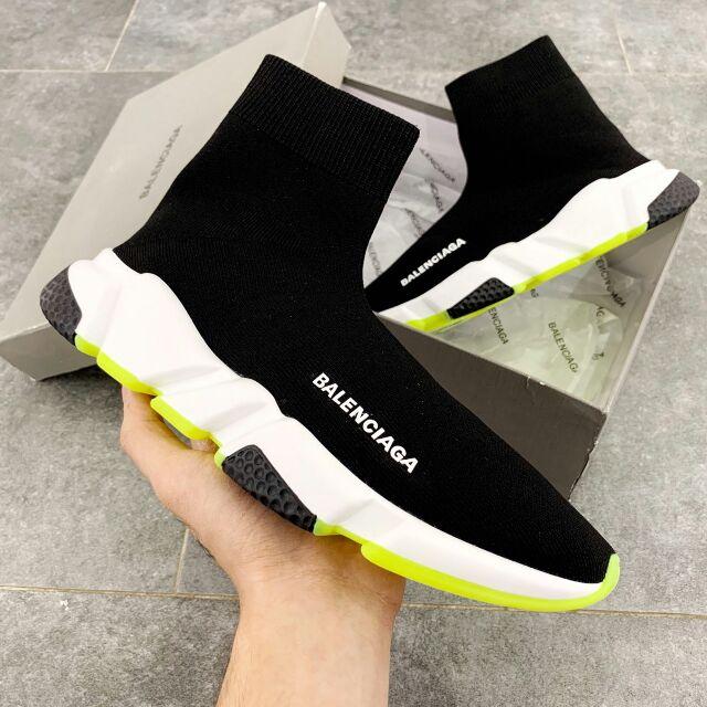 Giày Balenciaga Speed Trainer xanh ngọc ấn tượng