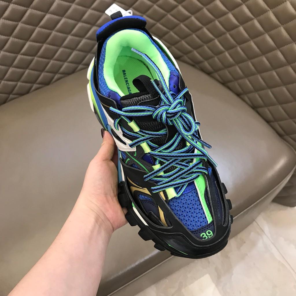 Balenciaga Track 3.0 với phiên bản xanh kết hợp ấn tượng