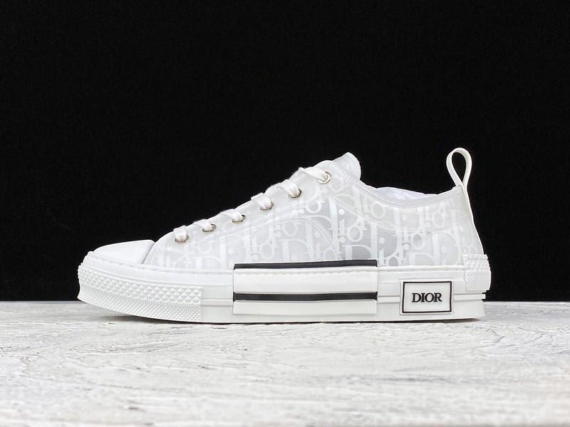 Hay tới Fsport để chọn cho mình những mẫu giày Dior chất lượng nhé