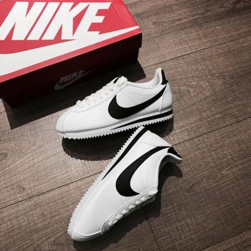 Giày Nike Cortez chính hãng giá khá đắt đỏ