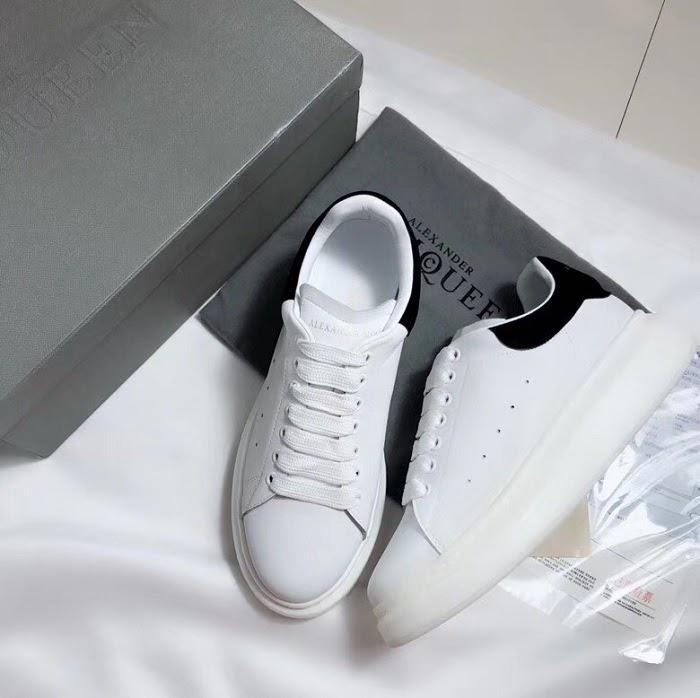 Giày Alexander McQueen gây sốt trong cộng đồng giày