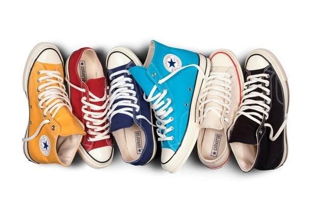 Giày Converse Classic bảng màu phong phú