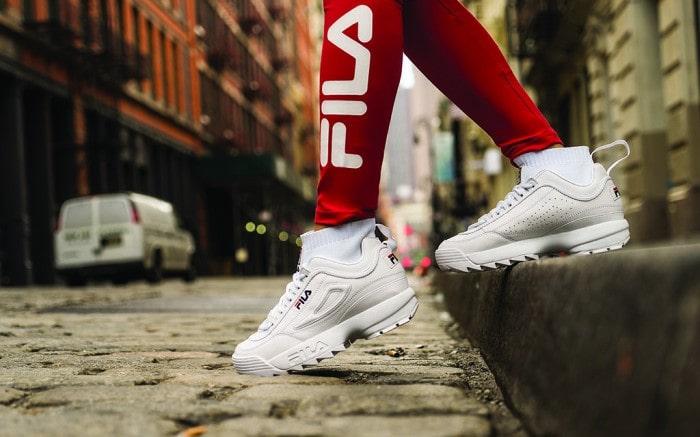Mẫu giày Fila Disruptor II Sneaker sắc trắng tinh tế