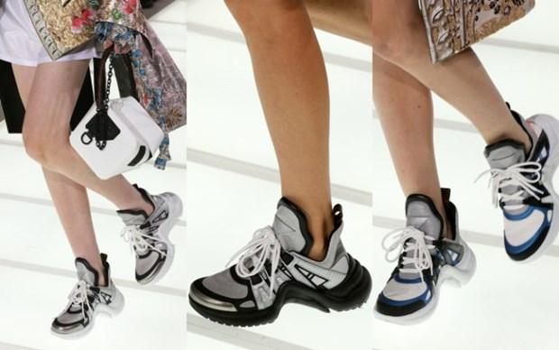 """Giày Louis Vuitton Archligh sneaker """"hớp hồn"""" nhiều người nổi tiếng"""