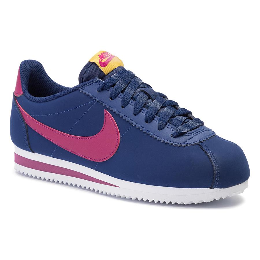 Màu sắc hiện đại, độc và lạ là điểm đặc biệt của giày Nike Cortez