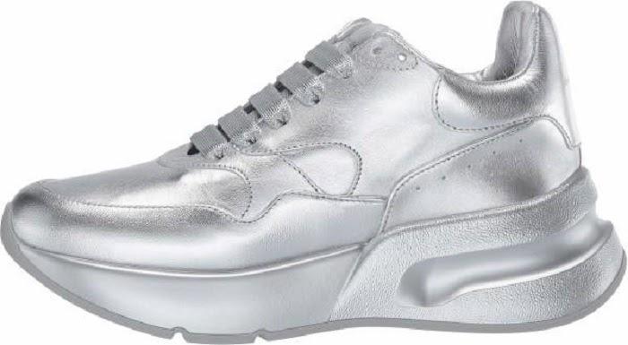"Mẫu giày Oversized Runner liên tục ""sold out"""