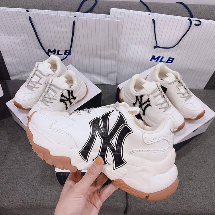 Tiết kiệm chi phí với giày MLB rep 11