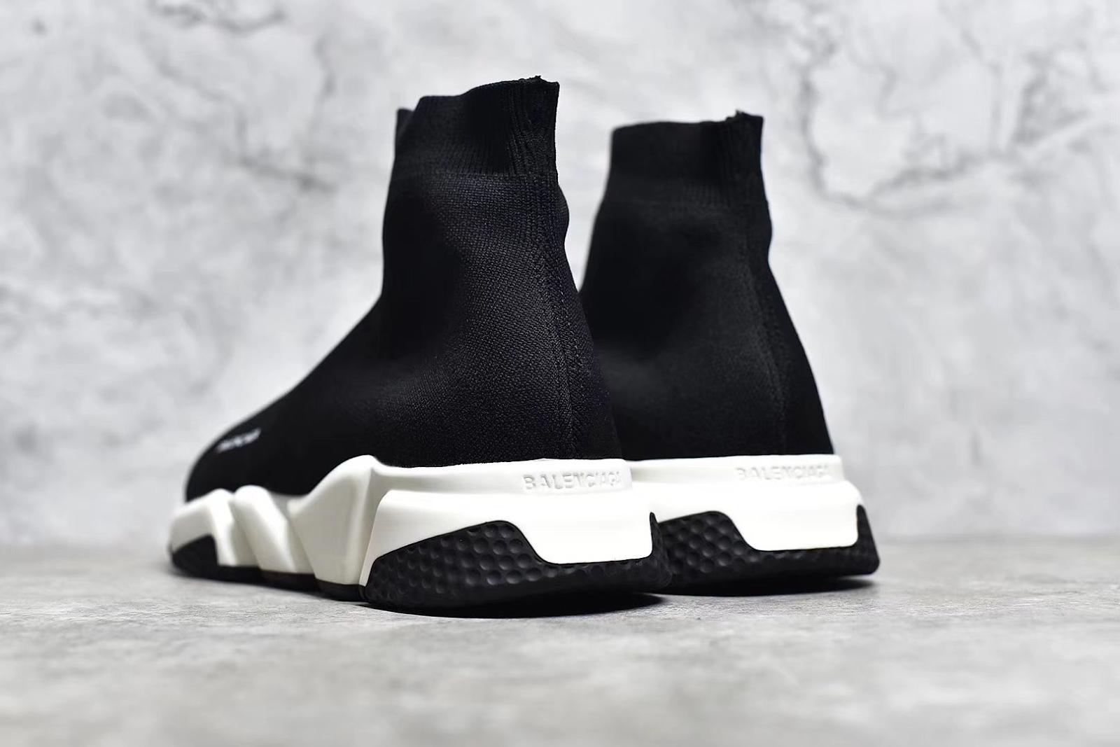 Size giày Balenciaga Speed Trainer về cơ bản giống với mọi dòng sneaker khác
